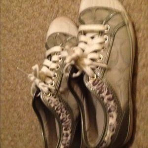 Women's coach tennis shoes. Silver size 5 B